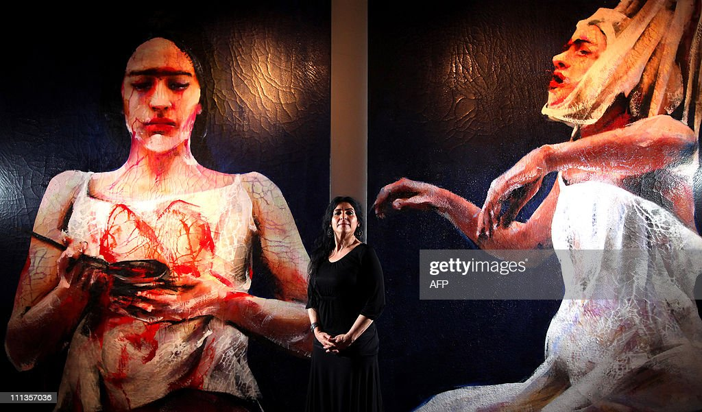 Artist Lita Cabellut stands between 'Fri : News Photo