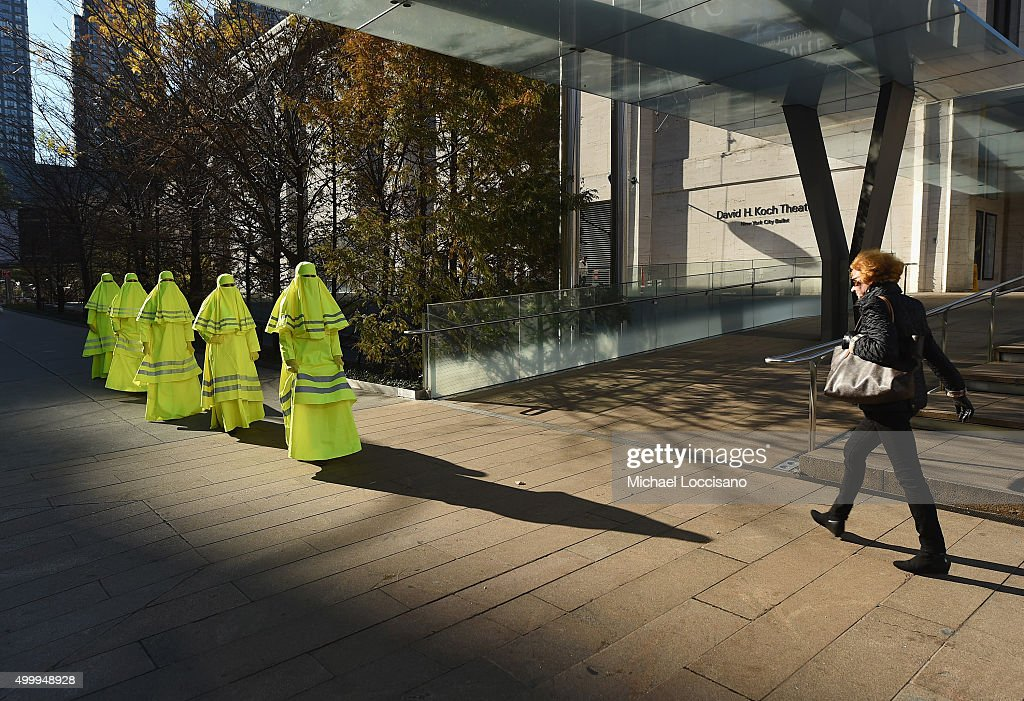 "Performance Art Hits  New York City With Artist Marco Biagini's ""High Visibility Burqa"" : News Photo"