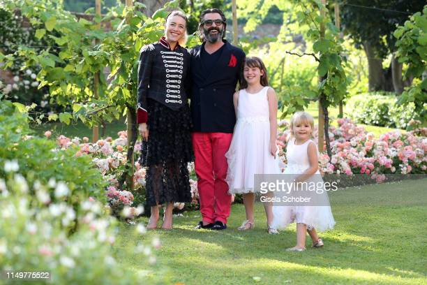 Artist Mauro Bergonzoli and his partner Princess Franziska Fugger von Babenhausen and their daughters Blue and Victoria at the Hotel Belmond Cipriani...