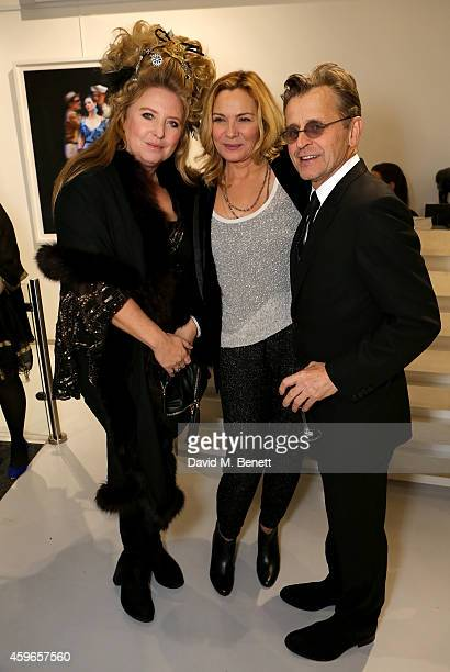 Artist Mikhail Baryshnikov and actress Kim Cattrall attend Dancing Away photographic exhibition by Mikhail Baryshnikov at ContiniArtUK co hosted by...