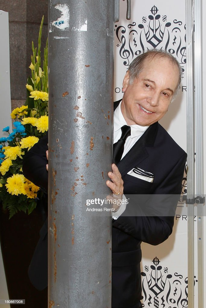 Artist Paul Simon arrives for the Polar Music Prize at Konserthuset on August 28, 2012 in Stockholm, Sweden.