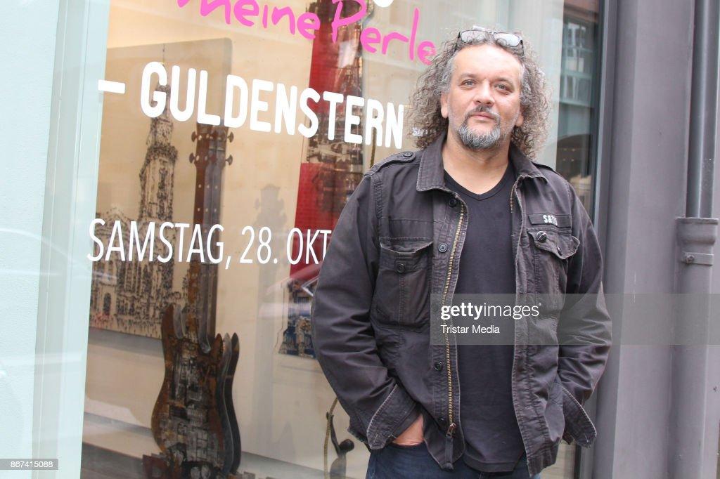 Galerie Mensing Hamburg exhibition guldenstern hamburg meine perle at galerie mensing in