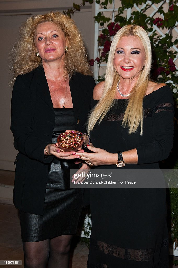 Artist Sylvana Gainier and Monika Bacardi (R) attend the 'Opera Romeo and Juliette' : Gala to the benefit of the The Children for Peace association, on October 26, 2013 in Monte-Carlo, Monaco.