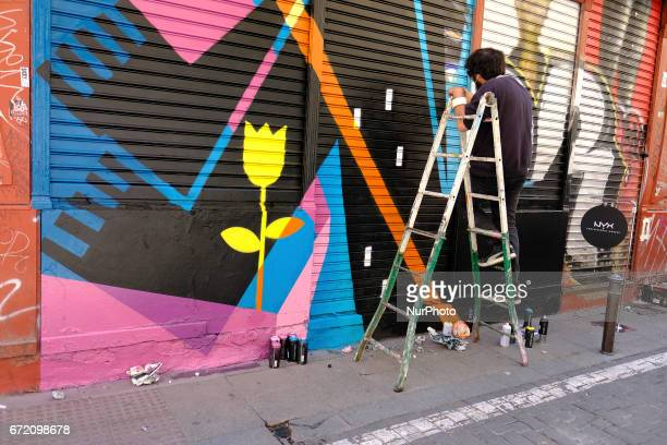 Artist take parta at event ¡Pinta Malasana Artists illustrators and graphic designers of color fill the streets of the District of Malasaña In total...