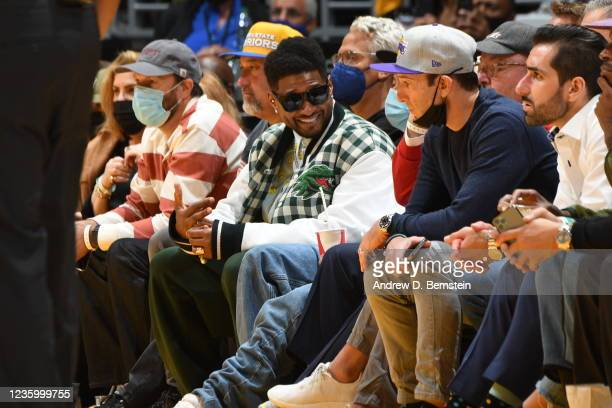 Artist, Usher attends a game between the Golden State Warriors and the Los Angeles Lakers on October 19, 2021 at STAPLES Center in Los Angeles,...
