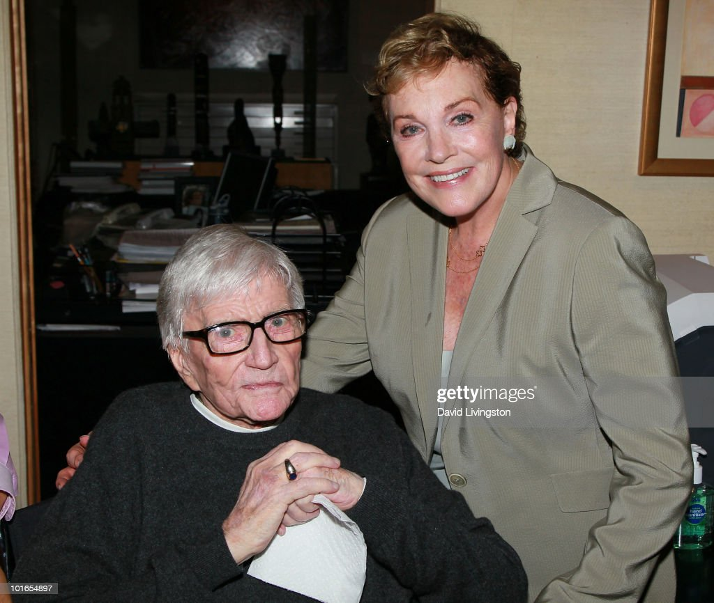 Artist/director Blake Edwards (L) and wife actress Julie Andrews attend Edwards' art exhibit preview at Leslie Sacks Fine Art on June 5, 2010 in Brentwood, California.
