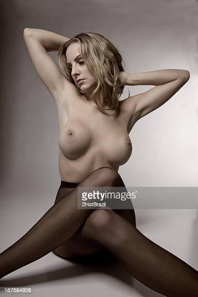 topless portrait artistique - collant photos et images de collection