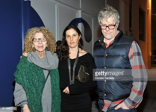 Artists Barbara Kruger Jennifer Guidi and Mark Grotjahn attend MOCA's Leadership Circle and Members' Opening for Don't Look Back The 1990s At MOCA at...