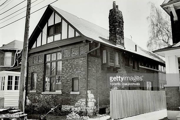Artist's home Elizabethanstyle house at 69 Hogarth Ave was built by Owen Staples staff artist for the old Toronto Evening Telegram for more than 60...
