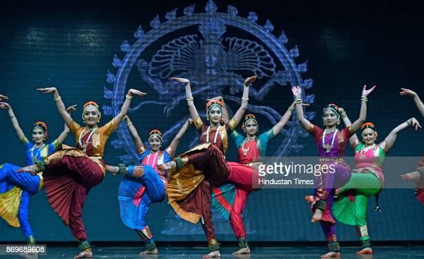 Artists of Sri Rajarajeswari Bharatha Natya Kala Mandir perform to paid tribute legendary dance guru TK Mahalingam Pillai who trained many of the top...