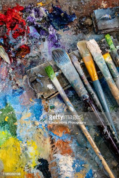 artist's palette and brushes - artist stock pictures, royalty-free photos & images