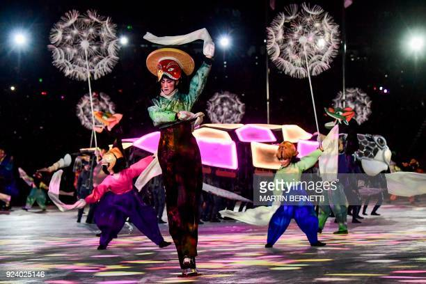 TOPSHOT Artists perform during the closing ceremony of the Pyeongchang 2018 Winter Olympic Games at the Pyeongchang Stadium on February 25 2018 / AFP...
