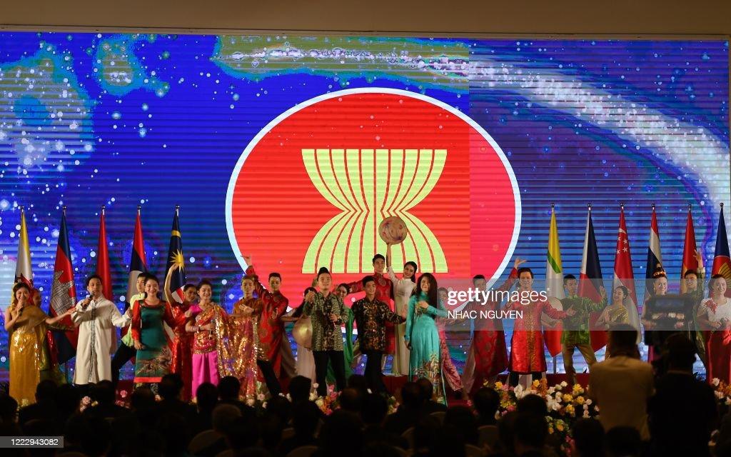 VIETNAM-ASEAN-SUMMIT : News Photo