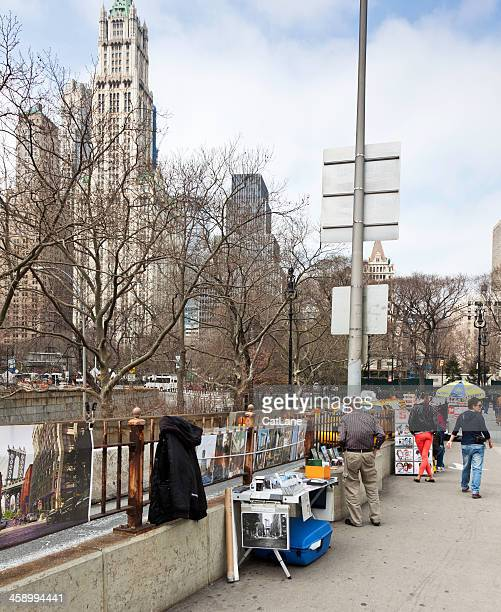 artists sell their work on brooklyn bridge, nyc - drawing artistic product stock pictures, royalty-free photos & images