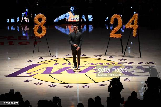 Artists Usher performs the Los Angeles Lakers pregame ceremony to honor Kobe Bryant before the game against the Portland Trail Blazers at Staples...