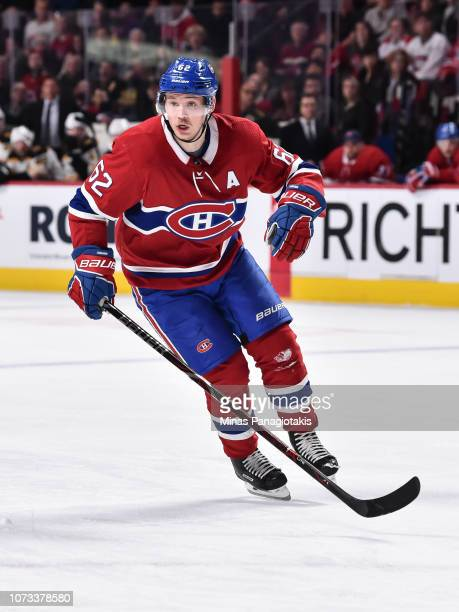 Artturi Lehkonen of the Montreal Canadiens skates against the Boston Bruins during the NHL game at the Bell Centre on November 24 2018 in Montreal...