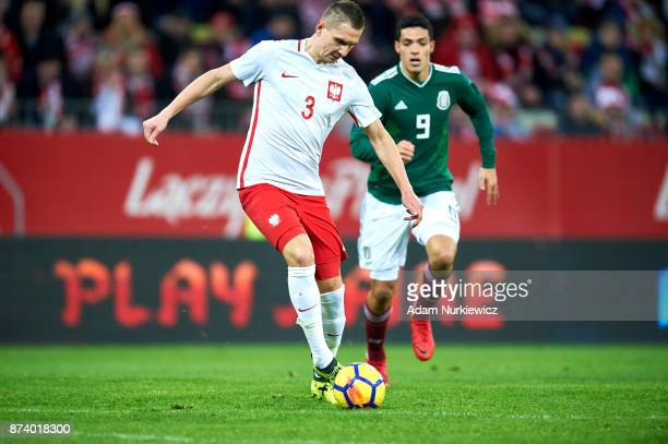 Artur Jedrzejczyk of Poland controls the ball during the International Friendly match between Poland and Mexico at Energa Arena Stadium on November...