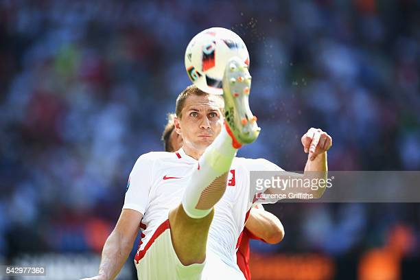 Artur Jedrzejczyk of Poland controls the ball during the UEFA EURO 2016 round of 16 match between Switzerland and Poland at Stade GeoffroyGuichard on...