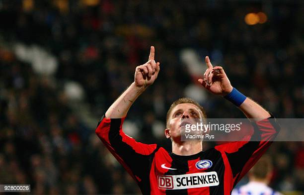 Artur Wichniarek of Hertha celebrates after scoring his team´s third goal to set the final score to 2:3 during the UEFA Europa League group D match...