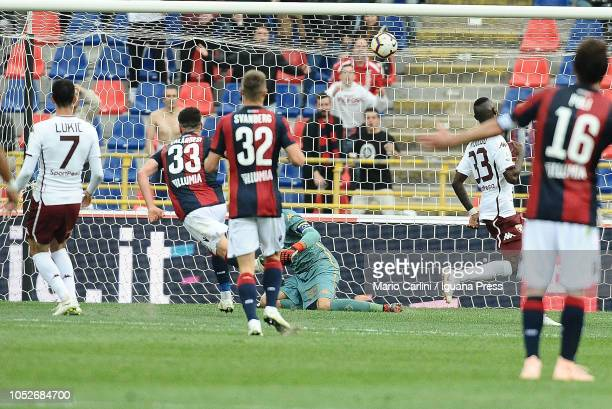 Arturo Calabresi of Bologna FC scores his team's second goal during the Serie A match between Bologna FC and Torino FC at Stadio Renato Dall'Ara on...