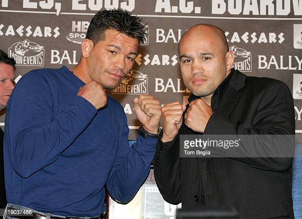 Arturo Gatti and Jesse James Leija at the Gatti vs Leija Press Confernce on Dec 3 2004 in Atlantic City New Jersey