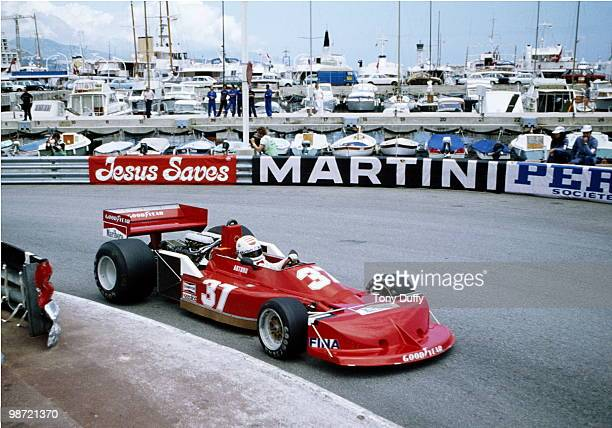 Arturo Merzario drives the Team Merzario March Ford 761B during practice for the Grand Prix of Monaco on 21 May 1977 on the streets of the...