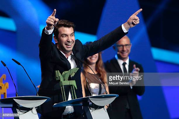 Arturo Valls accepts the 'Best Spanish TV locution's Award' during the 61st Ondas Awards 2014 at the Gran Teatre del Liceu on November 25 2014 in...