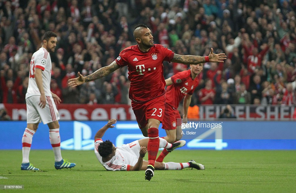 Arturo Vidal of Bayern Muenchen celebrates his first goal during the Champions League quarter final first leg match between FC Bayern Muenchen and SL Benfica at Allianz Arena on April 5, 2016 in Munich, Germany.