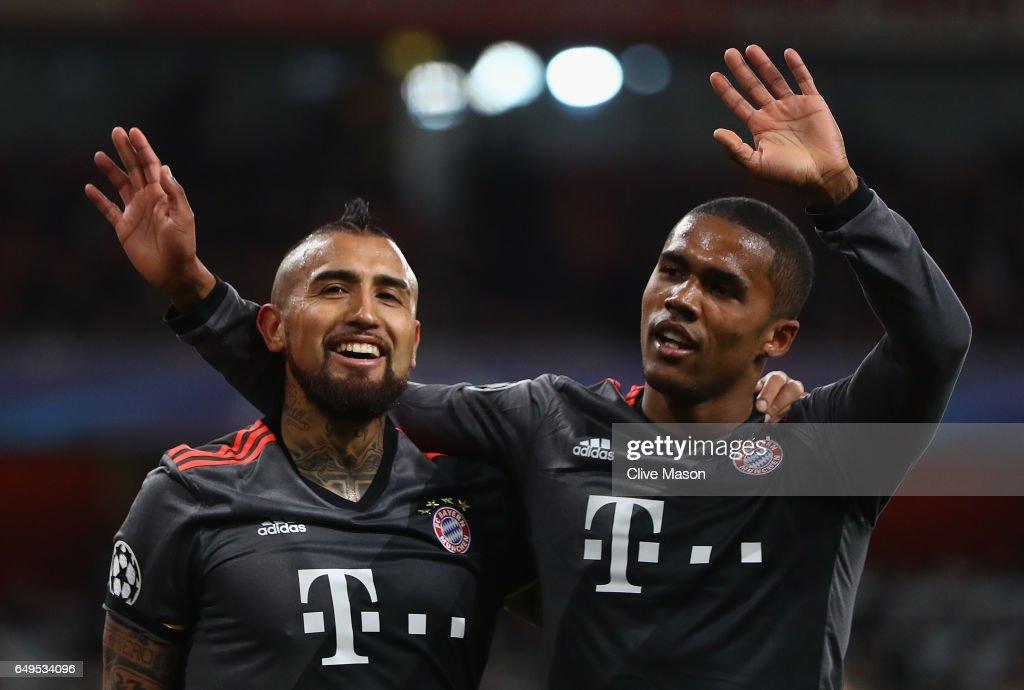 Arsenal FC v FC Bayern Muenchen - UEFA Champions League Round of 16: Second Leg : News Photo