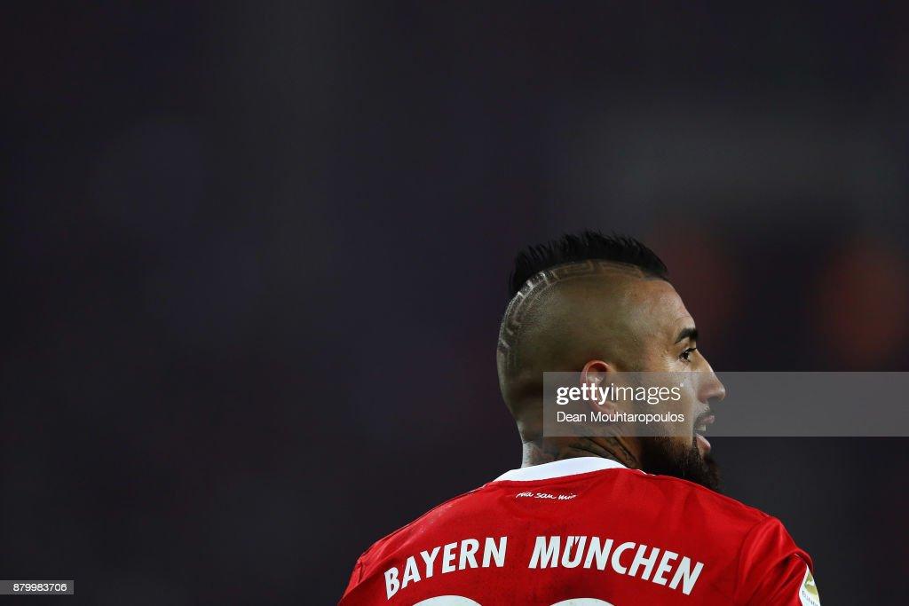 Arturo Vidal of Bayern Munich looks on during the Bundesliga match between Borussia Moenchengladbach and FC Bayern Muenchen at Borussia-Park on November 25, 2017 in Moenchengladbach, Germany.