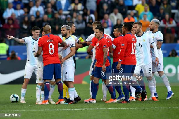 Arturo Vidal of Chile argues with Rodrigo De Paul and Sergio Aguero of Argentina during the Copa America Brazil 2019 Third Place match between...