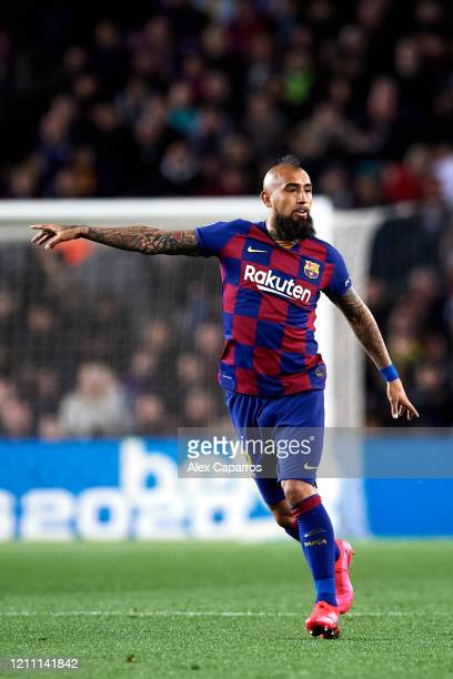 Arturo Vidal of FC Barcelona gives instructions during the Liga match between FC Barcelona and Real Sociedad at Camp Nou on March 07 2020 in...
