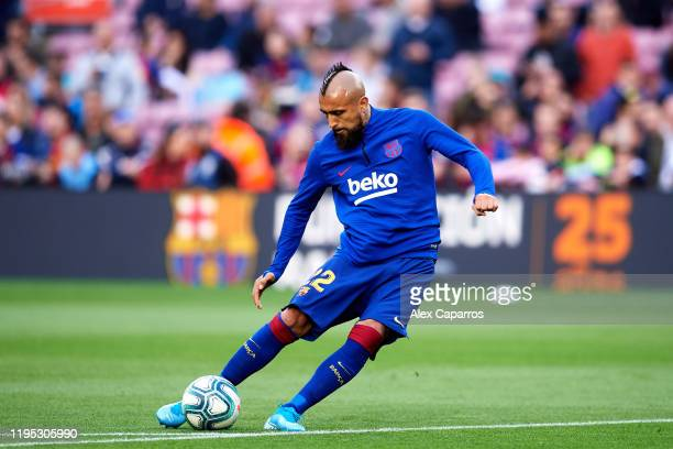 Arturo Vidal of FC Barcelona warms up before the La Liga match between FC Barcelona and Deportivo Alaves at Camp Nou on December 21 2019 in Barcelona...