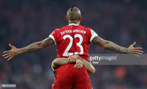 Arturo Vidal of FC Bayern Muenchen celebrates his first goal during the Bundesliga match between FC Bayern Muenchen and Hannover 96 at Allianz Arena...