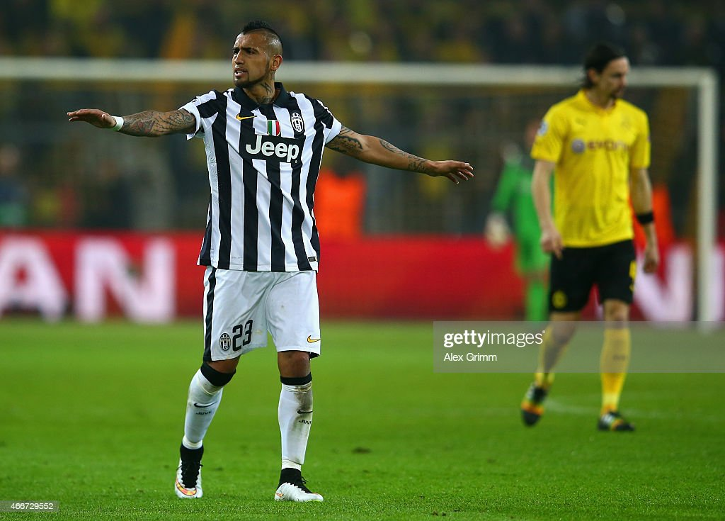 Borussia Dortmund v Juventus - UEFA Champions League Round of 16 : News Photo