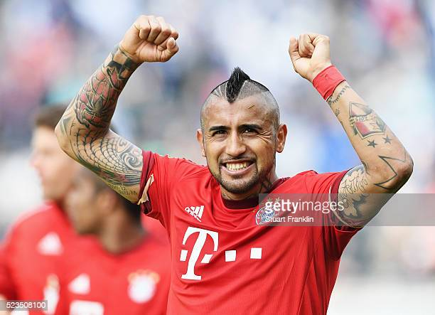 Arturo Vidal of Muenchen celebrates at the end of the Bundesliga match between Hertha BSC and FC Bayern Muenchen at Olympiastadion on April 23 2016...