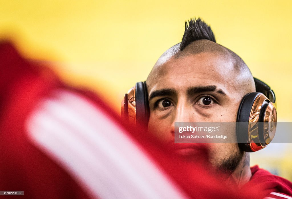Arturo Vidal of Munich arrives prior to the Bundesliga match between Borussia Dortmund and FC Bayern Muenchen at Signal Iduna Park on November 4, 2017 in Dortmund, Germany.