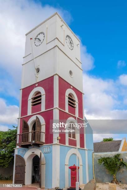 aruba, oranjestad-historisch museum van aruba - oranjestad stockfoto's en -beelden