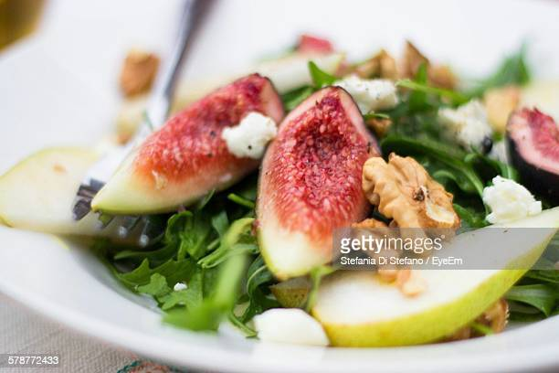 Arugula Salad With Figs, Pears And Walnuts