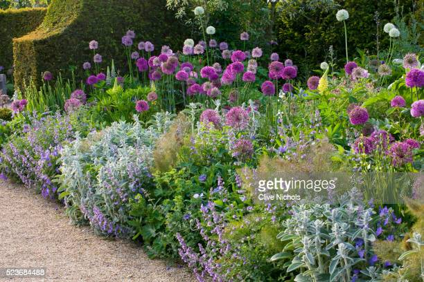Arundel Castle Gardens, West Sussex: Asthal Manor, Oxfordshire: Border with Alliums