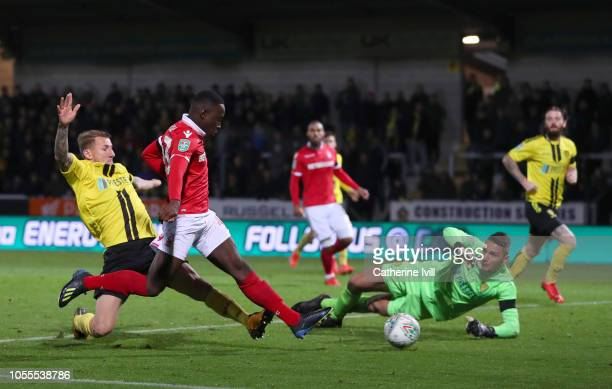 Arvin Appiah of Nottingham Forest beats Dimitar Evtimov of Burton Albion to score his teams second goal during the Carabao Cup Fourth Round match...