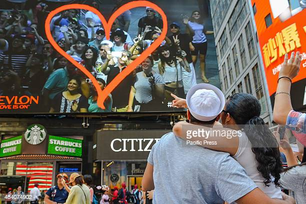 As a singular example of how both Times Square and human behavior have changed since Eisenstaedt's photograph a couple from the VJ Day kissin marvel...