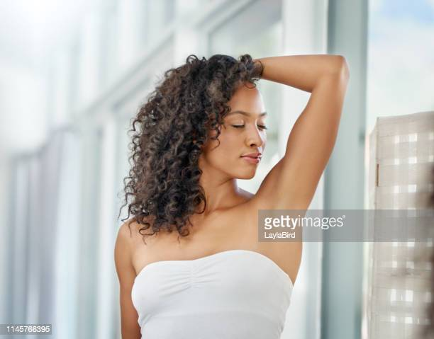 as sweat free as the underarm should be - armpit woman stock pictures, royalty-free photos & images