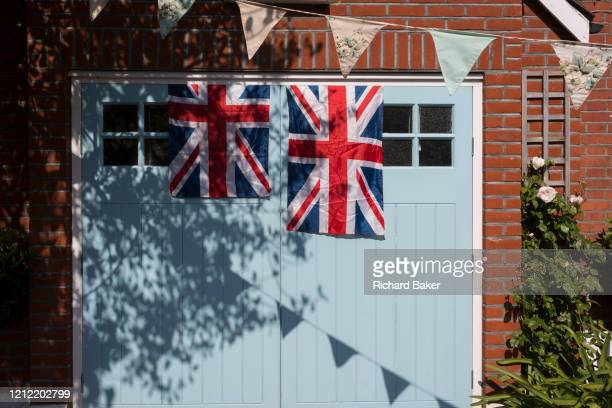 As the Coronavirus lockdown continues over the May Bank Holiday the nation commemorates the 75th anniversary of VE Day and in Dulwich neighbours and...
