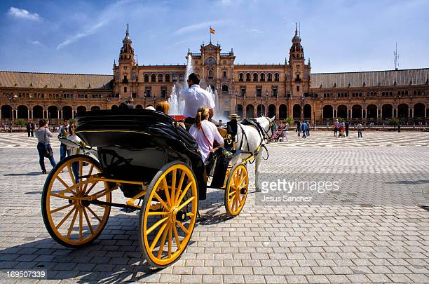 As the gondola is to Venice, the most pleasant vehicle for the city, the carriage is the most special way to discover the beautiful city of Seville,...