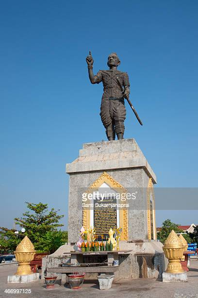 As you enter Vientiane from the airport, the statue of King Fa Ngum with a small army of 3 elephants will welcome you to Vientiane, Laos. The statue...