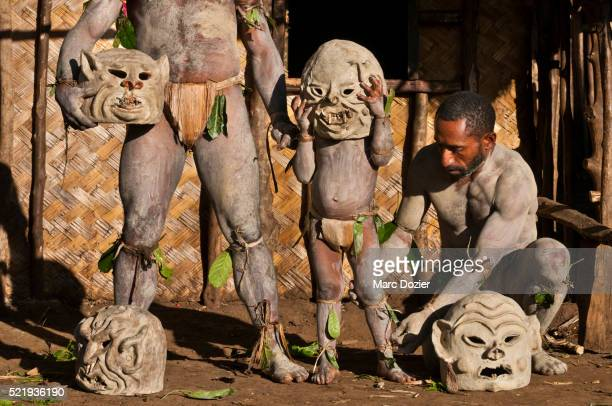 Asaro Mudmen preparation
