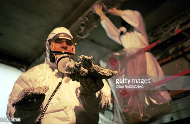 Asbestos Removal Of The Jussieu University On March 25th 1999 In ParisFrance A Worker Holds Piece Of Insulation Material
