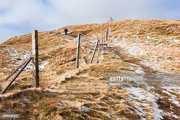 ascending beinn dubh - theasis stock pictures, royalty-free photos & images