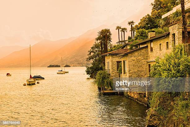 ascona, lake maggiore at sunset - syolacan photos et images de collection